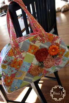 When mom is 100% I am going to ask her to make me this! I love this purse just needs a few crocheted items added ;)