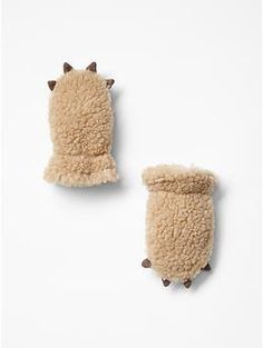 Sherpa bear mittens. For tiny little paws. Aww.