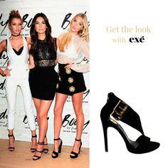 Los ángeles de Victoria's Secret ¡no se lo piensan! No hay nada más fácil que combinar una sandalia negra.¡No fallas! Conoce todas las posibilidades que ofrece #exeshoes_spain   🔜http://bit.ly/EXE-sandalia-NEGRA  #exeshoes