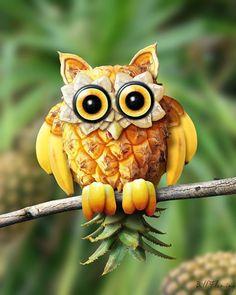 Owl Fruit and Vegetable Carving - Food Carving Ideas Photo Fruit, Fruit Picture, Fruit Sculptures, Food Sculpture, L'art Du Fruit, Fruit Art, Fruit Salad, Banana Fruit, Fresh Fruit