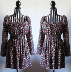 70s style floral flannel dress //  long sleeve // size S/M // free shipping in Australia by ScarlessVintage on Etsy https://www.etsy.com/au/listing/292965777/70s-style-floral-flannel-dress-long