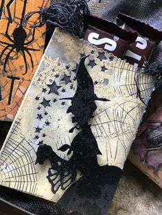 Stacy Hitchinson:Some Little Trick or Treats - cards & much more - Halloween - Halloween Shadow Box, Halloween Treat Bags, Halloween Tags, Halloween Goodies, Holidays Halloween, Vintage Halloween, Halloween 2019, Happy Halloween, Halloween Paper Crafts