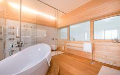 Architektenvilla mit atemberaubendem Panoramablick auf den Bodensee Villa, Corner Bathtub, Alcove, Bathroom, Sous Sol, Living Dining Rooms, Dressing Room, Storage Room, Underground Garage