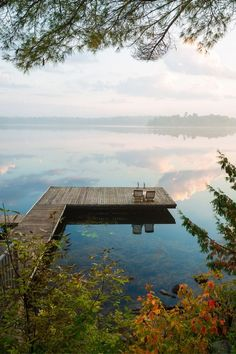 Lake Pictures Discover Lakeside Living: Why It Could Be For You Pickled Barrel Lakeside Living: Why It Could Be For You Pickled Barrel Lakeside Living, Outdoor Living, Lakeside Cottage, Living Haus, Bedroom Minimalist, Modern Lake House, House By The Lake, Lake Pictures, Up House