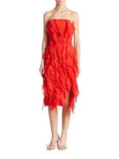 OSCAR DE LA RENTA Pleated Strapless Dress