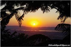#sunset #Mandalay http://ontheroadwithagazelle.blog4ever.com/direction-mandalay-7-janvier-6-518-km#