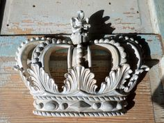Shabby Chic Princess Crown French Blue Chippy Vintage Finish * NEW * do it yourself Chic!
