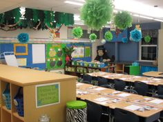 JUNGLE THEME....love her leaves hanging from the ceiling.  VERY organized and clean also!!