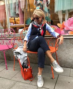The Best Fashion Ideas For Women Over 60 - Fashion Trends Over 60 Fashion, Mature Fashion, Over 50 Womens Fashion, Young Fashion, Fashion Over 50, Plus Fashion, Fashion Stores, Fashion Sale, Fashion 2018