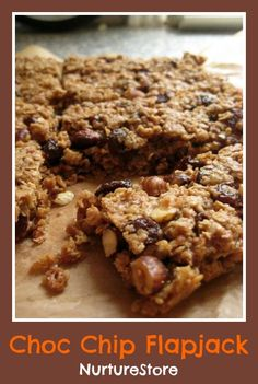 So yummy! A simple recipe for kids :: choc chip flapjack