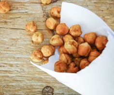 Honey Cinnamon Roasted Chickpeas - a #healthy, protein rich #snack