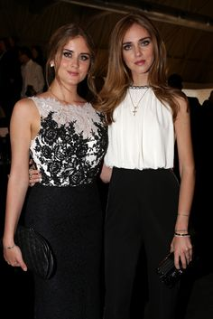 Influencers Chiara & Valentina Ferragni.
