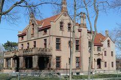 Duncarrick Mansion Dayton, Ohio by Matthew CT, via Flickr