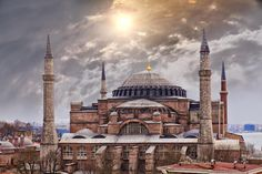 Church, mosque and museum in one, Istanbul's Aya Sofya defies easy categorization. It was built almost years ago when Byzantine Emperor Justinian I demanded a cathedral that would mimic the majesty of the heavens on earth and eclipse the wonders of Rome. Lonely Planet, Hagia Sophia Istanbul, Fall Of Constantinople, Istanbul Turkey, Roman Empire, Byzantine, Editorial Photography, Taj Mahal, Travel