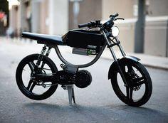 monday motorbikes M1 is a minimalist e-bike built for city commutes