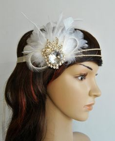 20's rhinestone flapper headband20's flapper by BlueSkyHorizons, $43.00 Great Gatsby Headpiece, 1920s Headpiece, Feather Headpiece, Flapper Headband, Rhinestone Headband, Diy Headband, Headbands, Great Gatsby Wedding, Art Deco Wedding