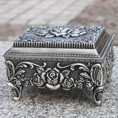 Womens Antique Silver Tin Casket Wedding Jewelry Collectible Keepsake Box SKU-11209068