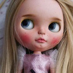 Custom Doll for Adoption by Colombina dolls  CHECK HERE  http://etsy.me/2iY89YY  #blythe #dollycustom #blythecustom #blythecustomizer #ooakblythe #customblythe #kawaii #doll #artdoll #dollstagram #blythestagram #blythelover #ブライス