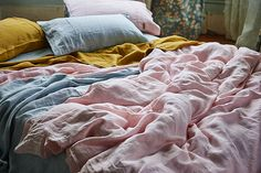 Envelop yourself in the pure feminine simplicity of our soft rose linen quilt cover 100% pure woven French flax Machine wash separately before use, splittin