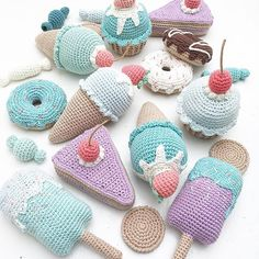 I hope all these sweets will bring lots of joy and play to a little boy ••••••••••••••••••••••••••••••••••••• Pattern @pinky_pinky_blue #crocheticecream #crochetpopsicle #crochetdonut #crochetcake #crochetcupcake #crochetsweets #crochetcookies #crochetfood #crochetplayfood #crochettoys #crochetforbaby #crochetforkids #hækletis #hækletisvaffel #hækletispind #hækletmuffin #hækletcupcake #hækletdonut #hækletkage #hækledesødesager #hækletmad #hækletlegemad #hækletlegetøj #hæklettilba...
