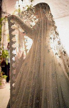 Asian Bridal Dresses, Asian Wedding Dress, Simple Pakistani Dresses, Indian Bridal Outfits, Wedding Dresses For Girls, Pakistani Wedding Dresses, Indian Dresses, Bridal Dress Design, Bollywood