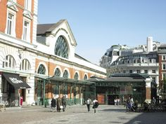 The entrance to the London Transport Museum in Covent Garden piazza.