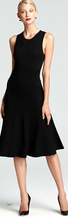 Donna Karan.Pure simplicity.....you can do anything with this.