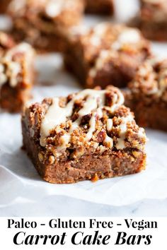 These Carrot Cake Bars give you all the sweet spice of your favorite carrot cake in bar form! Complete with a deliciously nutty streusel topping and dairy-free cream cheese icing. Theyre gluten free paleo egg free and vegan. Paleo Carrot Cake, Carrot Cake Bars, Baking Recipes, Cake Recipes, Dessert Recipes, Vegan Recipes, Carrot Recipes, Paleo Running Momma, Jelly Cookies