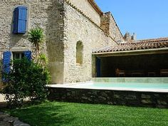 Les Hauts de Cabiac , Saint-Privat-de-Champclos: Holiday villa for rent from £263 per night. Read 13 reviews, view 23 photos, book online with traveller protection with the owner - 1550987