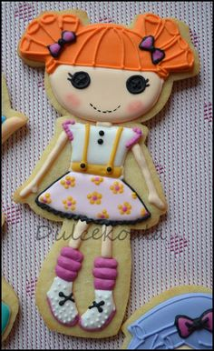 Galletas decoradas lalaloopsy.  lalaloopsy cookie
