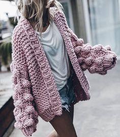 Chunky knits street style