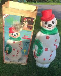 1968 Vintage Christmas Blow Mold 4 Foot, Frosty the Snowman by Empire w/ Box Christmas Yard, Old Christmas, Antique Christmas, Christmas Wishes, Christmas Colors, Christmas Tree Ornaments, Christmas Holidays, Winter Holidays, Christmas Ideas