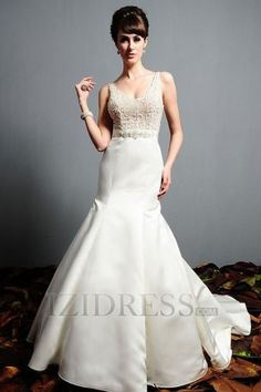 Trumpet/Mermaid V-neck Satin Luxury Wedding Dresses at IZIDRESS.com