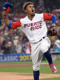 Puerto Rico beats USA in World Baseball Classic, forcing must-win game - usatoday.com