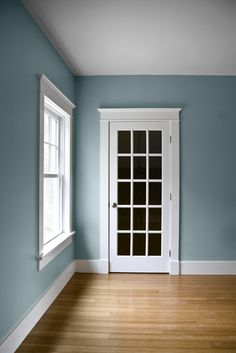 Like this color for the small bathroom.