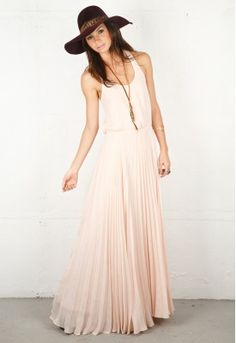Ohhhh pale pink pleated Parker maxi, I do love you and a good alliteration.