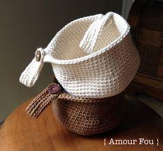 amour fou crochet crochet basket for bike Unique Crochet, Cute Crochet, Crochet Toys, Crochet Baby, Knit Crochet, Crochet Owl Basket, Bicycle Basket, Crocodile Stitch, Kids Bike
