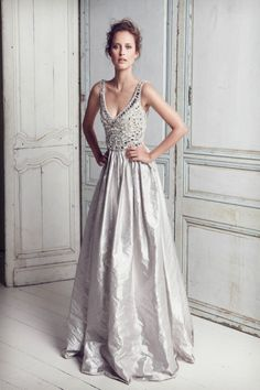 Vestido de noiva de tecido metálico - Collette Dinningan True Romance #casarcomgosto