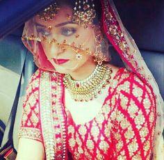 Indian Bride And Groom, Asian Bride, Sikh Wedding, Punjabi Wedding, Wedding Dresses, Bridal Makeup Looks, Bridal Looks, Bridal Hijab, Bridal Gown