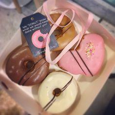 IMG_4933 Chocolate Fondue, Donuts, Panna Cotta, Ethnic Recipes, Desserts, Food, Frost Donuts, Tailgate Desserts, Dulce De Leche