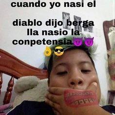 Cute Spanish Quotes, Funny Spanish Memes, Stupid Funny Memes, New Memes, Dankest Memes, Jokes, Roblox Memes, Meme Faces, Mood Pics