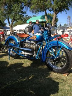 Indian Four -Awesome! Indian Motorbike, Vintage Indian Motorcycles, American Motorcycles, Cool Motorcycles, Vintage Bikes, Motorcycle Types, Motorcycle Design, Indian Cycle, Harley Davidson Engines