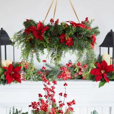 DIY: How to Make Your Own Silver Christmas Table Wreath - The Trending House Silver Christmas Decorations, Christmas Centerpieces, Diy Christmas Ornaments, Christmas Wreaths, Holiday Decor, Christmas Chandelier Decor, Christmas Flowers, Christmas Staircase, Christmas Arrangements