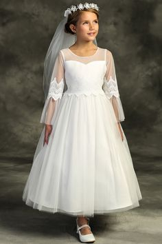 Buy A Line First Communion Dresses with Sleeves on Sale. Lace Applique A Line First Communion Dress features satin fabric with organza overlay on skirt. Modest First Communion Dresses with Sleeves for 2020 Tea Length Dresses, Dresses With Sleeves, White Long Sleeve Dress, First Communion Dresses, Elegant Girl, Kohls Dresses, Long Sleeve Wedding, Tulle Dress, Flower Girl Dresses