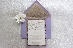 Wedding Lavender and Gold Invitation por AlexandriaLindo en Etsy