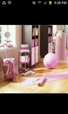 Pink home gym so freaking cute!!