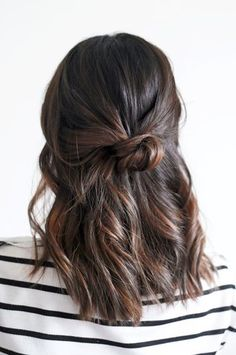 Loose half-Up Top Knot Wavy Hairstyle