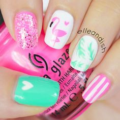 There are a variety of unique nail art designs. Flamingo nail design seems to be the best trend in the current season. Flamingos on white or pink backgrounds are great nail art designs. Of course, Flamingo Nail design is not limited to this, nail art Get Nails, Love Nails, How To Do Nails, Pretty Nails, Hair And Nails, Nail Art Designs, Beach Nail Designs, Nails Design, Nails Yellow