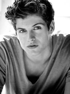 Daniel Sharman. beauty SO MUCH BEAUTY, HE IS TOO BEAUTIFUL, I CAN'T HANDLE (can you tell who my fave is...)