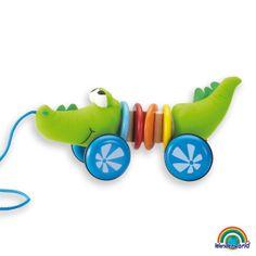 Pull Along Croco Kid - Ayudará a tu bebé a tener una mejora en el balance y el equilibrio. ¡Ellos disfrutarán caminando con el Croco Kid por toda la casa! Haz click en el siguiente enlace para ver más información: http://www.andreutoys.com/?id=596&Pag=1